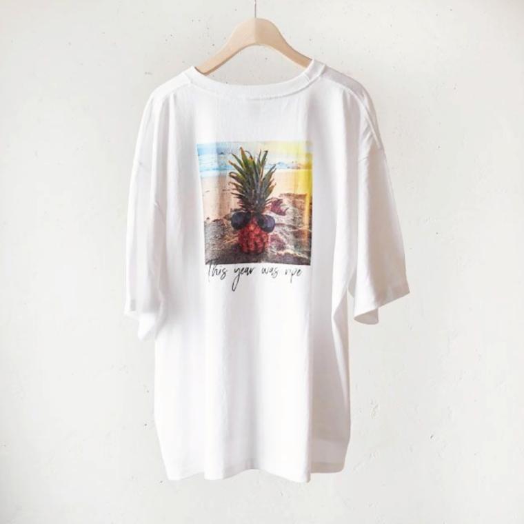 写真:アンジェリコルーチェ サイド スリット入り オリジナルTシャツ