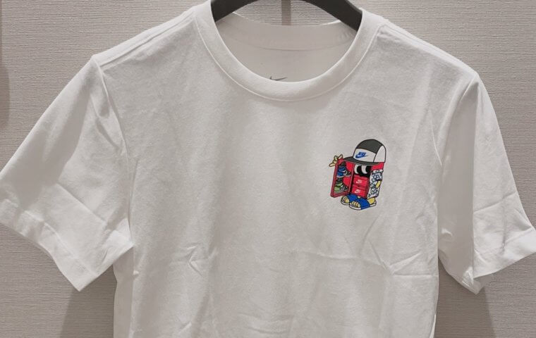 アイキャッチ:NEW ~『NIKE M NSW TEE SHOEBOX』~}