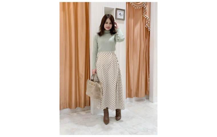 アイキャッチ:綺麗なAライン♡ドットスカート♡
